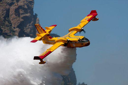 Canadair 415 140804